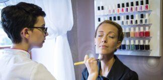 jak zostać kosmetyczką