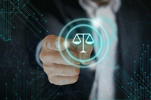 jak zostać adwokatem