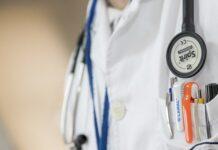 ile zarabia lekarz